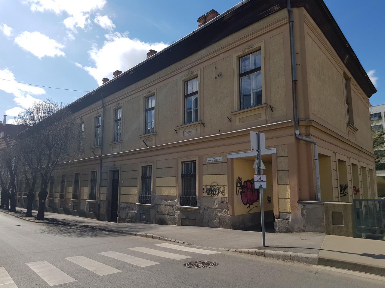 Kossuth 15.